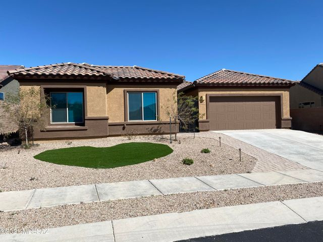 This image has an empty alt attribute; its file name is House-for-Sale-10341-S-Sulky-Place-Tucson-AZ-Grijalva-Realty-1.jpg