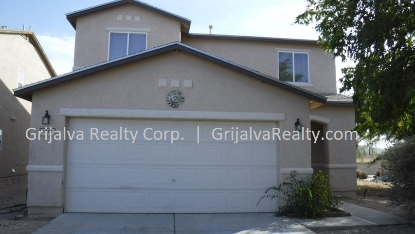 This image has an empty alt attribute; its file name is 3755-W-Exton-Lane-House-for-Sale-Tucson-Grijalva-Realty-2-1.jpg